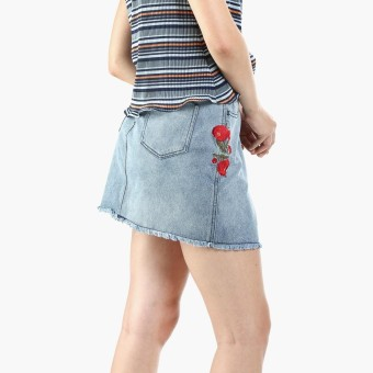 SM Woman Floral Embroidered Denim Skirt (Denim)