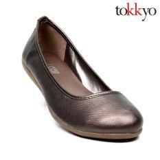 Tokkyo Womenu0027s Aster Ballet Flats (Grey Glossy)