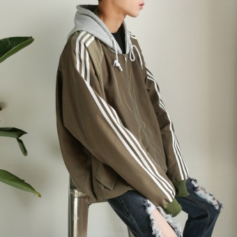 Ulzzang Stylish men hooded Top Korean-style jacket (Dark green color)