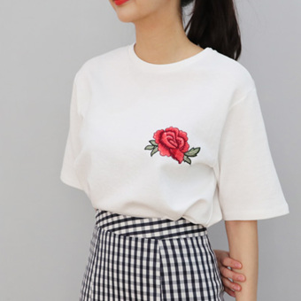 Women's Korean-style Rose Embroidered Round Neck Short Sleeve T-Shirt (605-white)