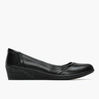 World Balance Easy Soft Ladies Madeline School Shoes (Black)