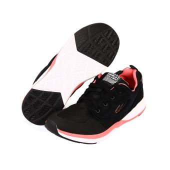 World Balance Fierce Trainer L (Black)