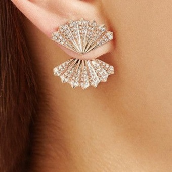 1 Pair Fashion Women Lady Elegant Crystal Rhinestone Shell Ear Stud Earrings Charms Jewelry (silver) - intl