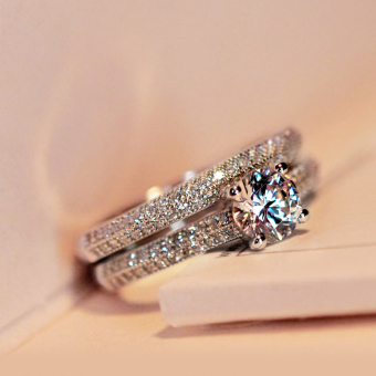 Cool Korean-style female inlaid sterling silver model diamond ring (US6 No. White two-piece sets 1.65)