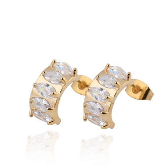 Exquisite Semi-circle Crystal Earring Woman Ear Stud 18K Gold Filled - picture 2