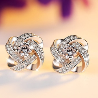 Female elegant four-leaf clover earrings stud