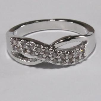Glamorosa Half Diamond Symmetrical Ring (Silver) - 2