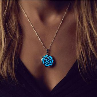 Hot Sale Fashion Luminous Rose Pendant Necklace Glow In The DarkNecklace Blue - intl
