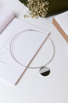 Japan and South Korea metal ring round brand necklace