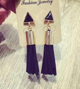 Korean-style tassled exaggerated black pearl earrings