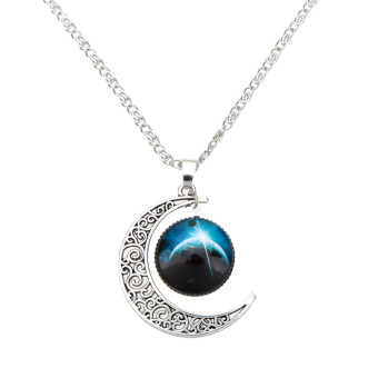 Retro Hollow Moon Crescent Pendant Silver Chain Necklace Jewelry Fashion #2