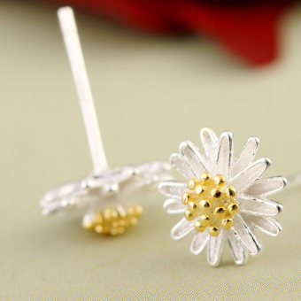 S925 Japan and South Korea female small Daisy Flower earrings silver stud