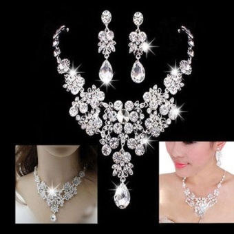 Silver Alloy Rhinestone Earrings Crystal Pendant Necklace Bridal Jewelry Sets - intl