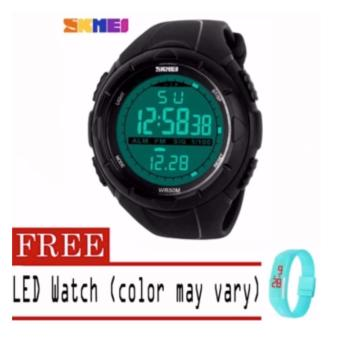 SKMEI Waterproof Fashion New Digital Military Green Band Men Sport Wrist Watch with free Fashion Candy LED Watch (color may vary)