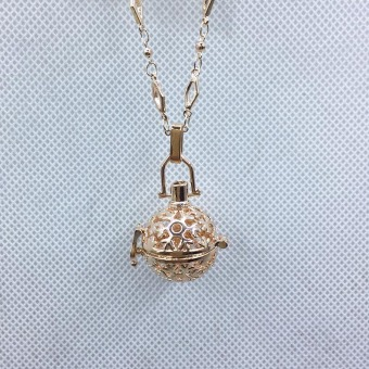 Snow snowman shape essential oil perfume pendant rose gold